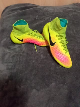 zapatillas Nike majista