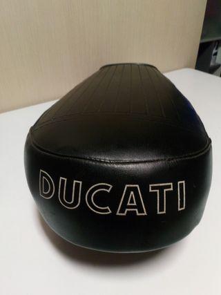 Asiento Ducati 48 TS o Ducati ciclomotor