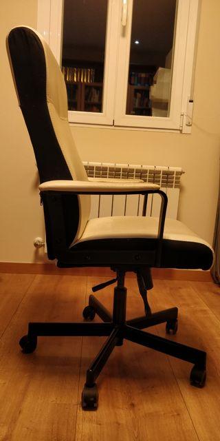 Silla de escritorio (u oficina) cómoda y regulable