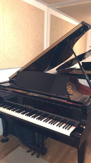 Piano de cola Kawai RX-2