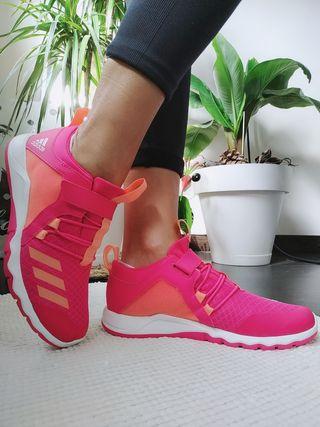Zapatillas Adidas Cloudfoam.