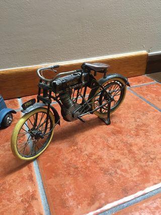 Figura bici antigua