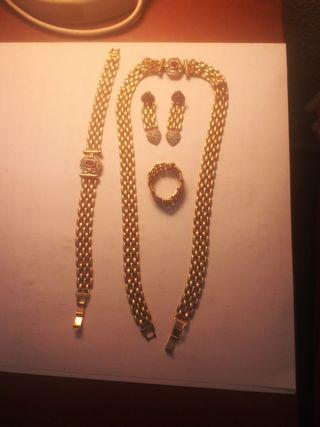 conjunto joyas baño de oro. años 80