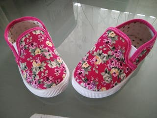 zapatillas nuevas de tienda
