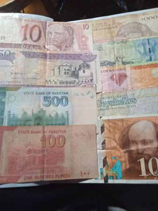 Lote 9 billetes extranjeros