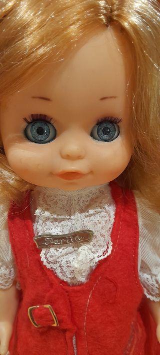 Muñeca años 70.