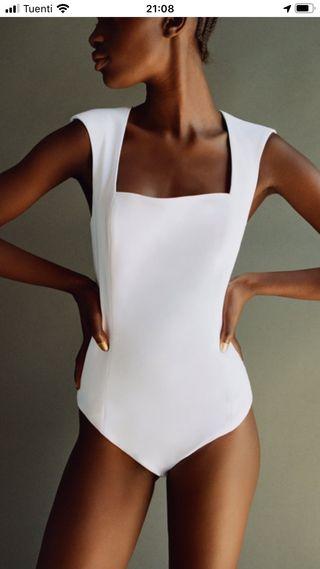 Body hombreras Zara