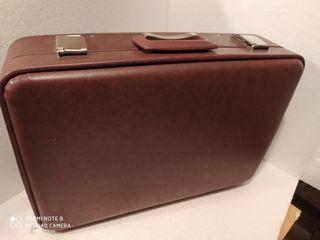 Antigua maleta para maquina de escribir