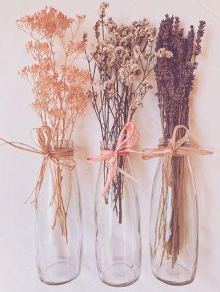 Bonito Lote de 3 Ramos de Flores con jarrones