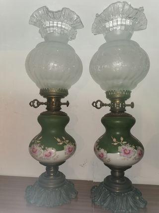 Pareja de lámparas antiguas