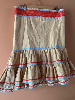 Faldas rociera a varios modelos