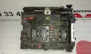 9657608880 caja de relés peugeot 206 101192