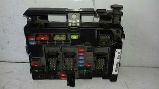 9657608880 caja de relés peugeot partner 180641