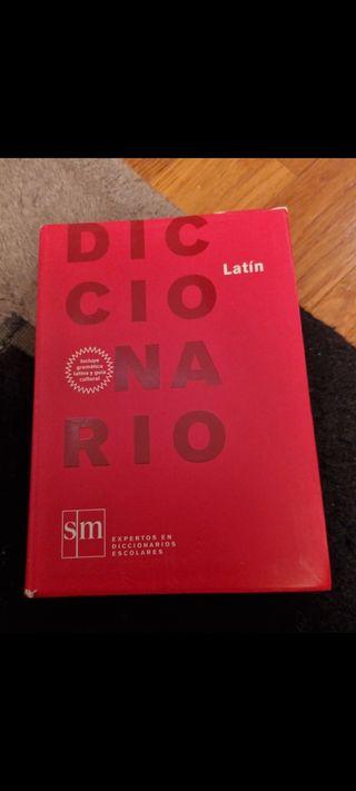 Diccionario de latín (SM)