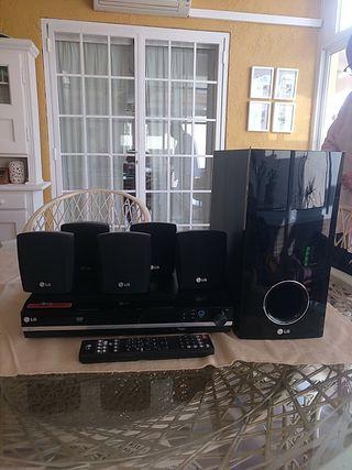 Dolby LG Home Cinema HT353SD