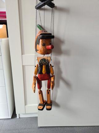 marioneta pinocho madera