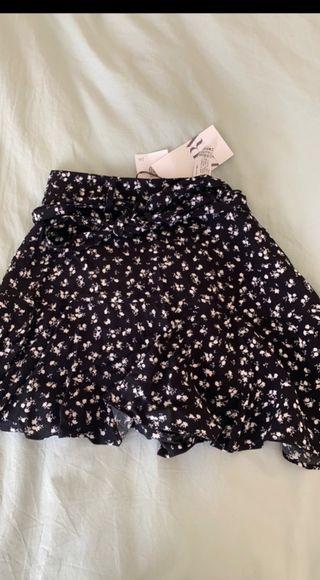 Falda pantalón flores Zara NUEVA