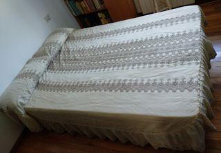 Colcha bordada cama 150cm Nueva