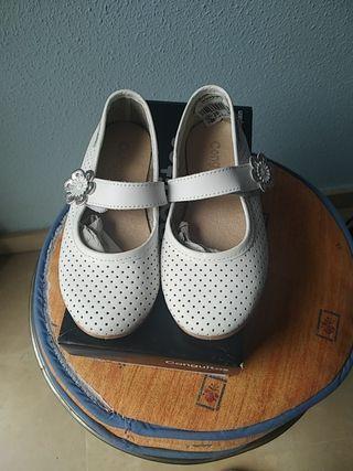 Zapatos niña NUEVOS Numero 26