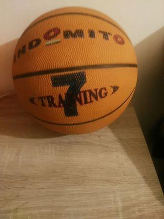 balon de baloncesto se uso dos veces