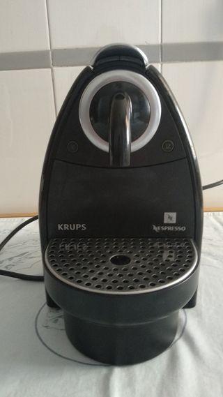 Cafetera Nespresso Krups XN 2100