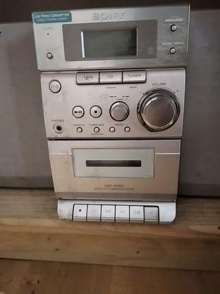 Regalo minicadena Sony