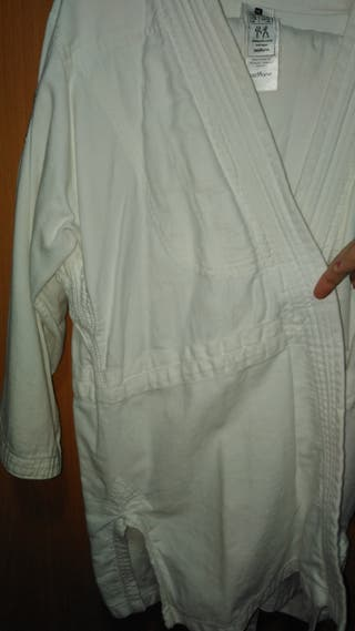 kimono karate y yudo