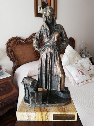 Escultura J. Bofill