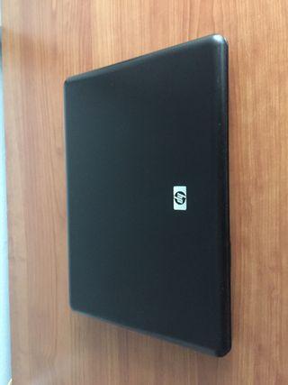 Portátil HP 6735s
