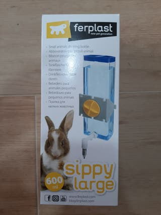 Bebedero para conejos