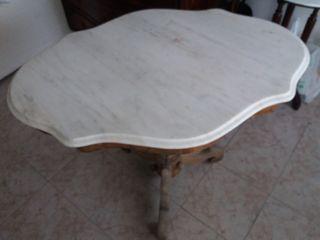 Mesa Francesa antigua con su tapa de marmol origin