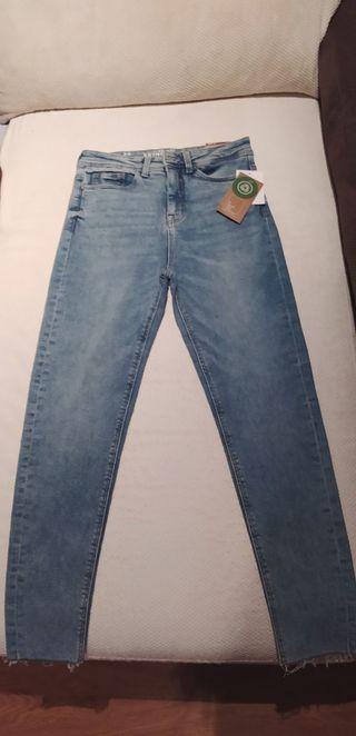 Pantalón skinny vaquero, tiro alto, ropa.