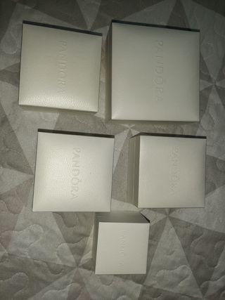 cajas y bolsas pandora