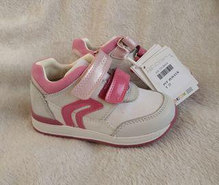 zapatillas niña Geox 23