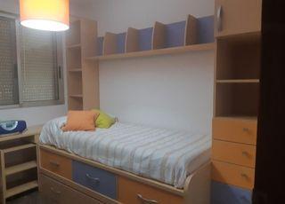 mueble habitación con cama supletoria y escritorio