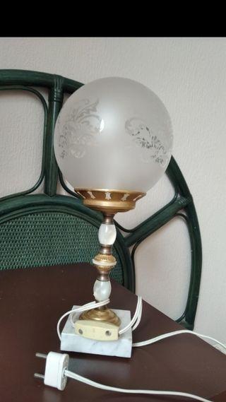 lampara de mesa vintage.