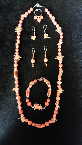 Joyas de coral rosa y plata