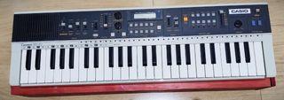 Sintetizador MT-70 año 1984