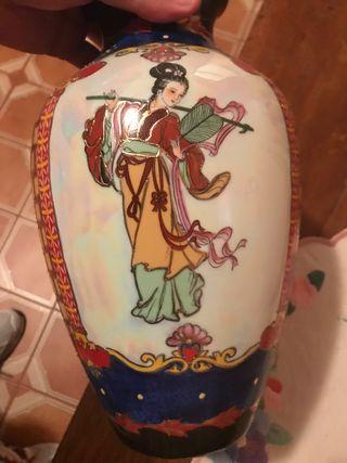 Jarron chino pintado a mano de porcelan