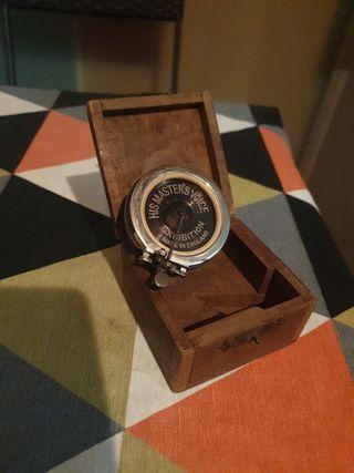 Antiguo diafragma gramofono HMV Exhibition