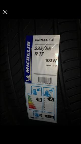 Michelin Primacy 4 235/55 R17