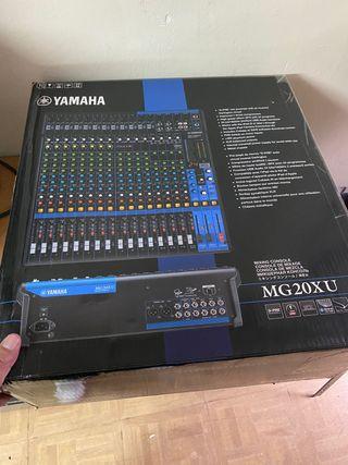 Mesa de sonido Yamaha