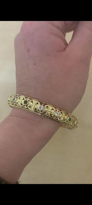 brazalete pulsera de oro de semanario