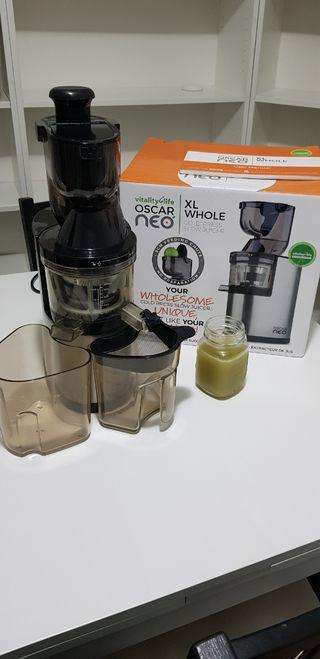 Maquina de Zumo Lento OscarNeoXL Whole Slow Juicer