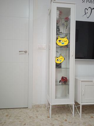 armario /vitrina