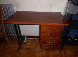mesa escritorio de madera estudio