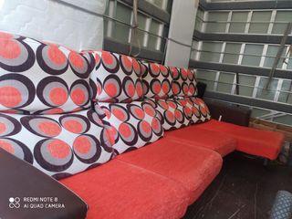 sofá de piel y tela muy bonito y comodo