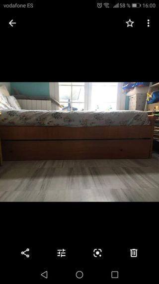 cama nido con comoda i dos estanterias