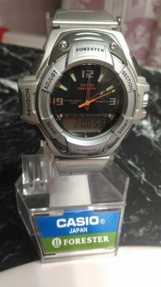Reloj Casio Forester (2376) FTS-600D-7EVDF (1990)