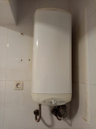 calentador termo eléctrico EDESA